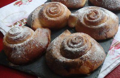 Cinnamon rolls ou roulés briochés à la cannelle
