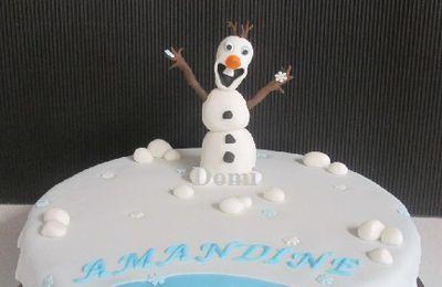 """Gâteau """"Olaf et Flocons"""" en Pâte à Sucre"""