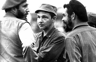 """Le discours de Raul à Santiago : """"C'est possible, tel est l'enseignement permanent de Fidel"""""""
