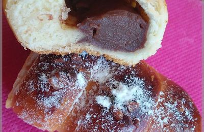 brioches chenilles à la crème pâtissière et cacao