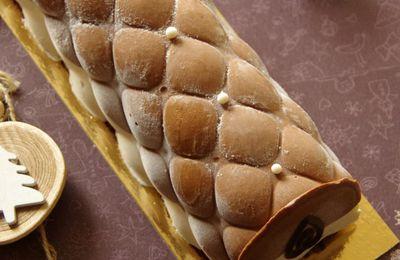Bûche aux chocolats à la gelée d'abricots