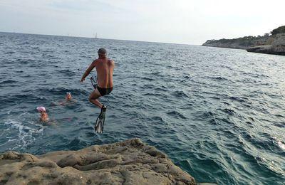 La plage bleue à Cassis
