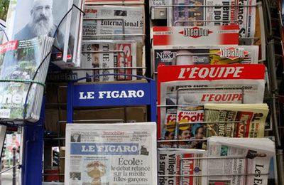 """De quoi désespérer les patrons de la presse ?  """"67% des Français interrogés croient que les journalistes sont à la solde des pouvoirs politiques et économiques""""."""