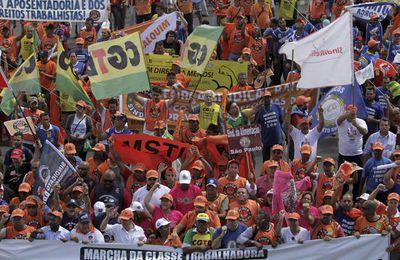 Le gouvernement brésilien issu du putsch institutionnel s'attaque aux droits sociaux