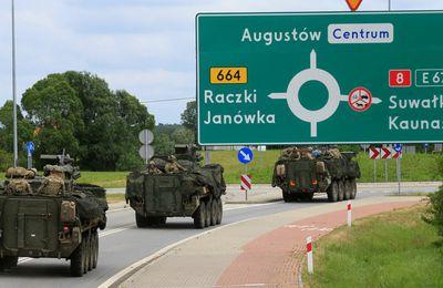 «Menace russe» ou menace de  l'OTAN  ? Celle-ci mène des exercices militaires sans précédent en Pologne près de la frontière russe. Que dirait Washington si Moscou massait des troupes au Mexique aux frontières du Texas ?