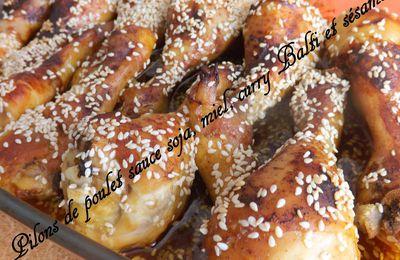 Pilons de poulet, sauce soja, miel, curry Balti et sésame