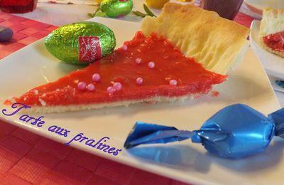 Tarte aux pralines roses et photos de Pâques