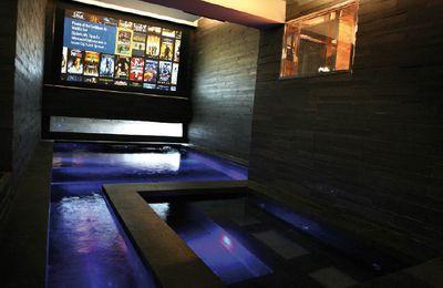 Cinéma piscine et plus encore !