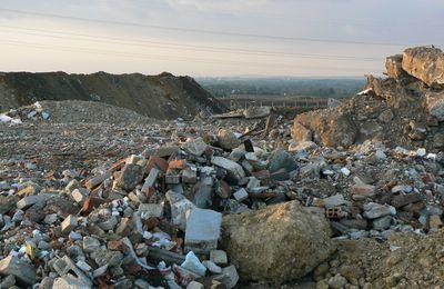 Pourquoi la 7ème circonscription du 77 reçoit autant d'ordures : la faute à son député Yves Albarello qui envisage « d'accueillir » les ordures du Grand Paris en Seine et Marne ?