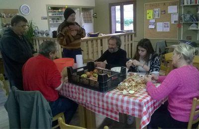Les habitants d'une commune rurale de l'Isère s'inventent un nouveau style de café (38)