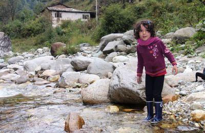 Dans la vallée de Tirthan