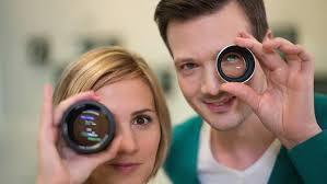 X:enius  les lentilles sont-elles plus performante que l'oeil ?