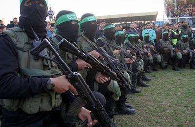D'après le renseignement allemand, des combattants du Hamas et du Hezbollah sont entrés en Europe parmi les réfugiés