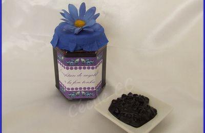 Cadeau homemade : confiture de myrtilles, pot décoré...