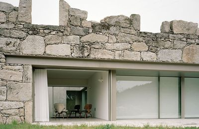 HOUSE IN BRAÇOS, PARADA DO MONTE_MELGAÇO / BY NUNO BRANDAO COSTA ARCHITECT