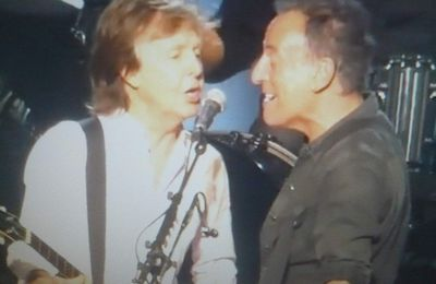 Duo McCartney et Springsteen au Madison Square Garden de New-York (Etats-Unis)