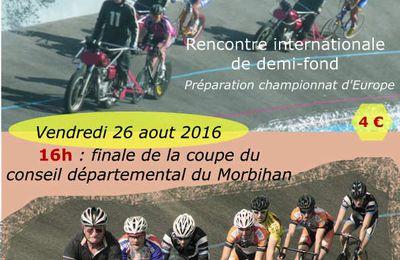 Grand Prix de Lorient Agglo derrière moto