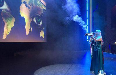 Bénédiction de l'eau au Grand Rex à Paris - les photos et vidéos