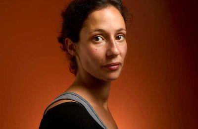 « Le Monde » remet son prix littéraire à Alice Zeniter petite-fille de harkis pour « L'Art de perdre »
