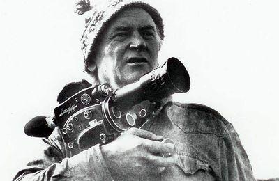 Mort du cinéaste René Vautier