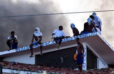 Les gangs Brésiliens recrutent chez les narco-terroristes Marxistes des FARC .
