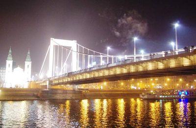 Le pont des Chaînes, Szechenyi Lánchíd, un des symboles de Budapest