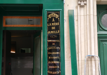 "Boutique de Chocolatier ""Belle Époque """