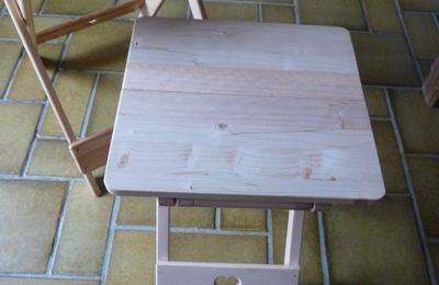 Il y avait la table pliante , maintenant il y a la chaise