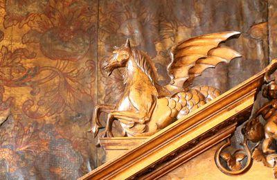 Incontournable d'un séjour entre Nîmes et Montpellier: La visite pleine de trésors du château de Villevieille par son propriétaire