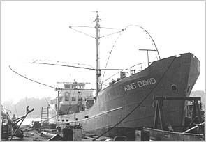 Le 14 juin 1970: Capital Radio commence les émissions intermittentes du mv King David hors de Hollande