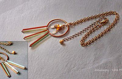 Collier, ethnique, perles aux couleurs changeantes