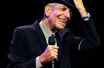 Leonard Cohen (1934-2016), auprès de sa muse