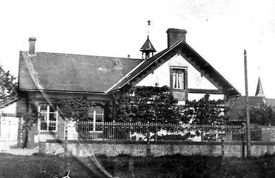 A l'école de St Michel-de-la-Forêt... Suite de la 2ème partie : 1940-1945...