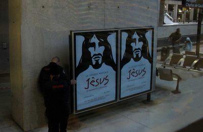 Noël 2016, la douane à la recherche de Jésus !