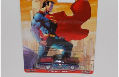 "Collector 2016   Série ""DC comics Superman""  by  Hot Wheels."
