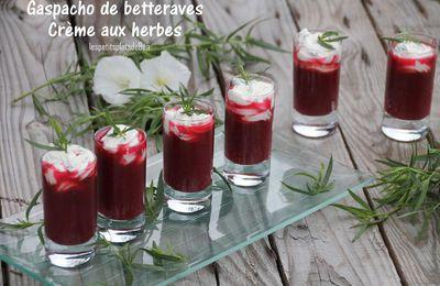 Gaspacho de betteraves, crème aux herbes