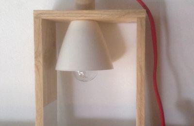 Lampe récup bois clair