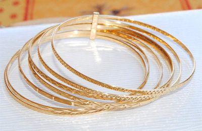 Splendide bracelet semainier en OR JAUNE 18 K ( 750 )     REF / AA 936