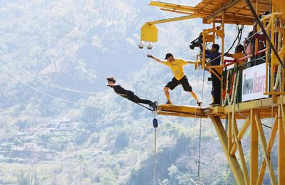 Complete 50,000 Bungy Jumps