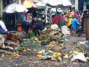 L'insalubrité fait son nid au marché central de Douala