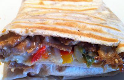 Tacos kebab,chèvre, poivrons et sauce blanche