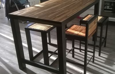 table acier et b ton cir r alisation de meubles en bois et en m tal. Black Bedroom Furniture Sets. Home Design Ideas