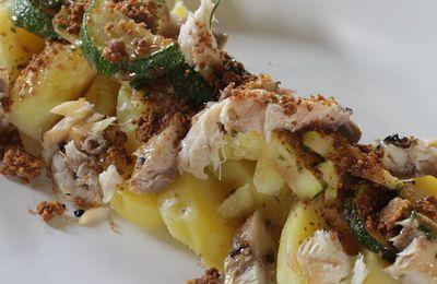 Crumble de pommes de terre au hareng et à la ciboulette