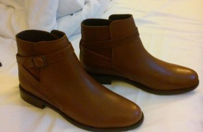 { New in } Mes boots camel André