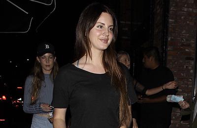 Lana Del Rey à Los Angeles, Etats-Unis. (20.06.2017)