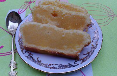 CAKE AU CHOCOLAT BLANC ET CITRON