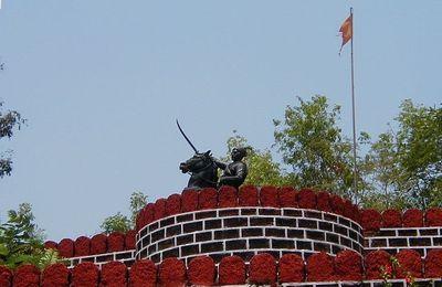 Goa Ponda Fort (Shivaji Fort) Picnic Place