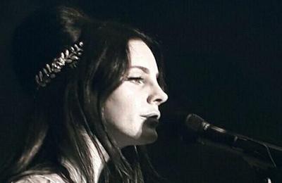 Lana Del Rey au festival Lollapalooza de Paris (23/07/2017)