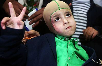Cristiano Ronaldo reçoit l'orphelin palestinien Ahmed Dawabcheh