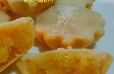 Tartelettes au noix de coco et chocolat blanc. .....تارتولات بجوز الهند و الشكولا البيضاء